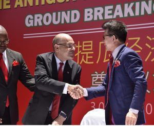 Tourism Minister Asot Michael with Yida International's President Zhang